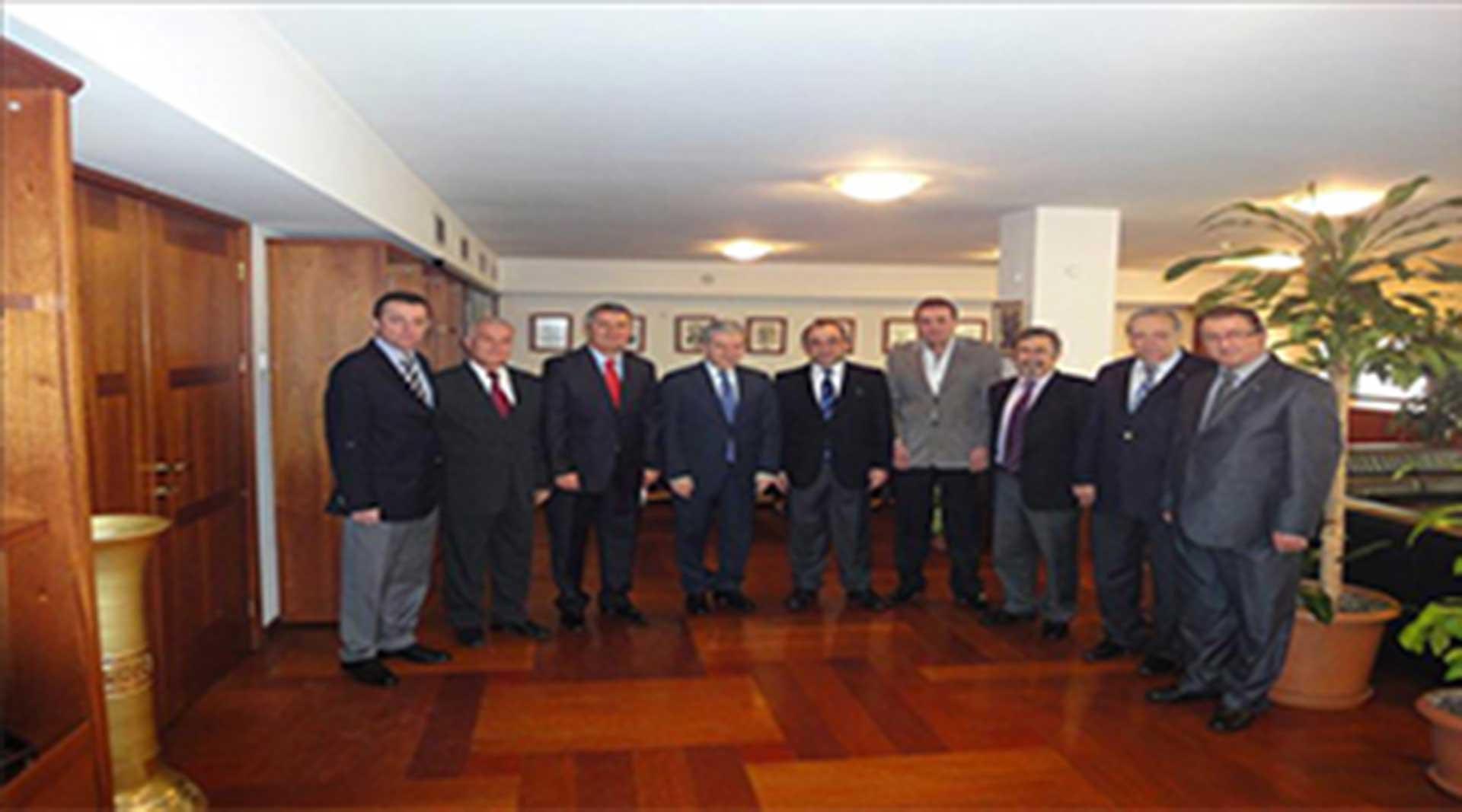 TÜMDEF heyeti İzmir Ticaret Odası Başkanı Sn. Ekrem DEMİRTAŞ ziyareti...